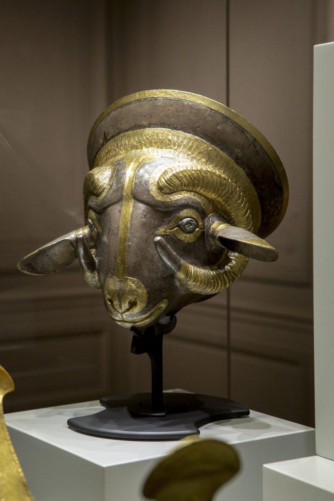 Golden Ram Kantharos